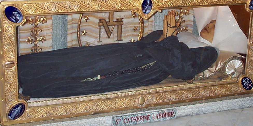 Châsse de Sainte Catherine Labouré, Chapelle 140 rue du Bac Paris