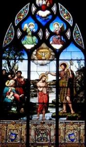 Saint Jean-Baptiste vitrail du choeur Chatellerault