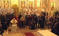 dans-la-cathedrale-orthodoxe-de-tbilissi