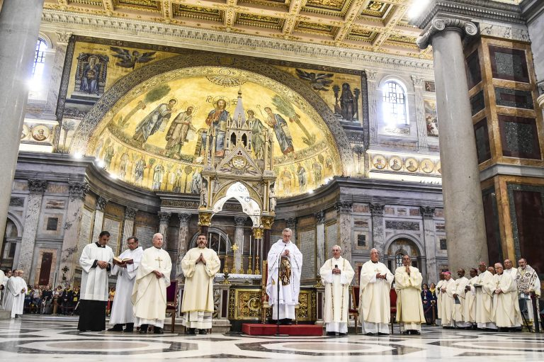 Le Pape et le Syymposium vincentien