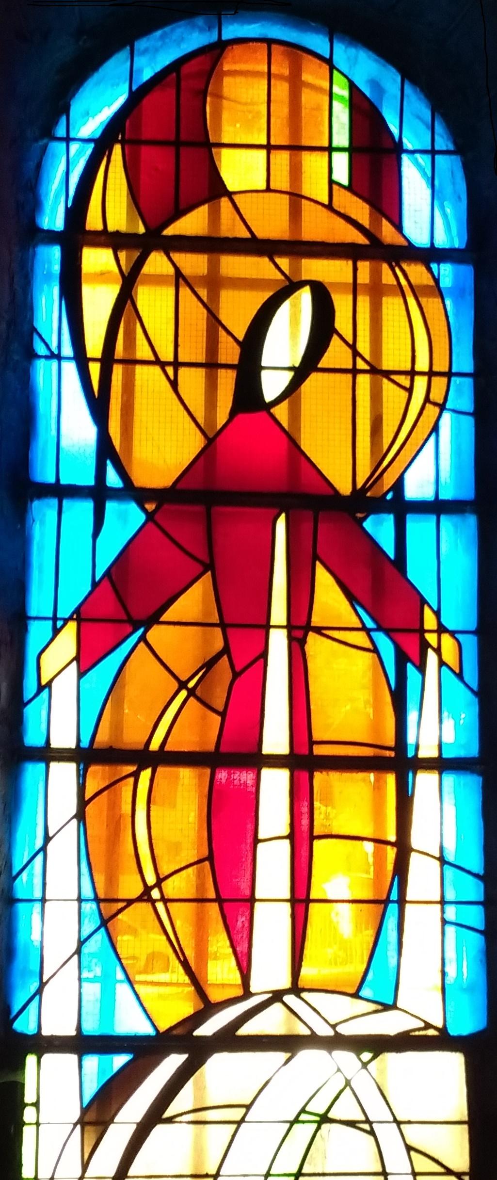 Immaculée Conception - église de Bort-les-Orgues - vitrail de Jacques Dorchies 1973