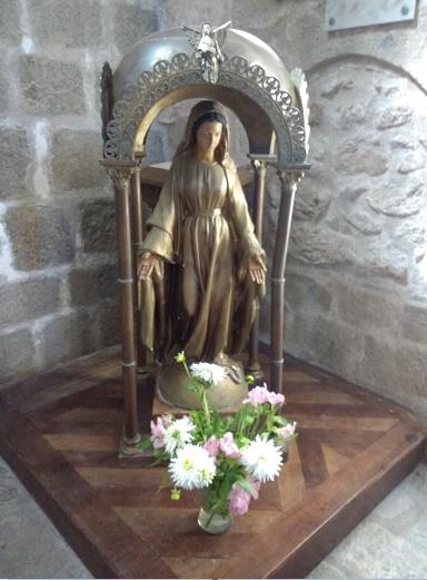 Vierge Marie - église de la Souterraine (Creuse)