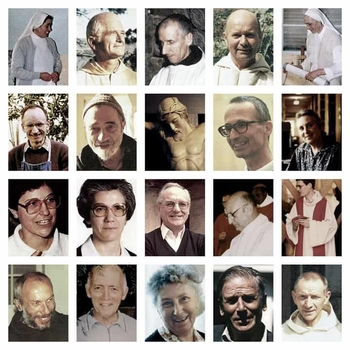les 19 martyrs entourant le Christ en croix | DR