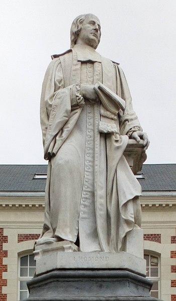 Amiens statue de l'abbé Lhomond