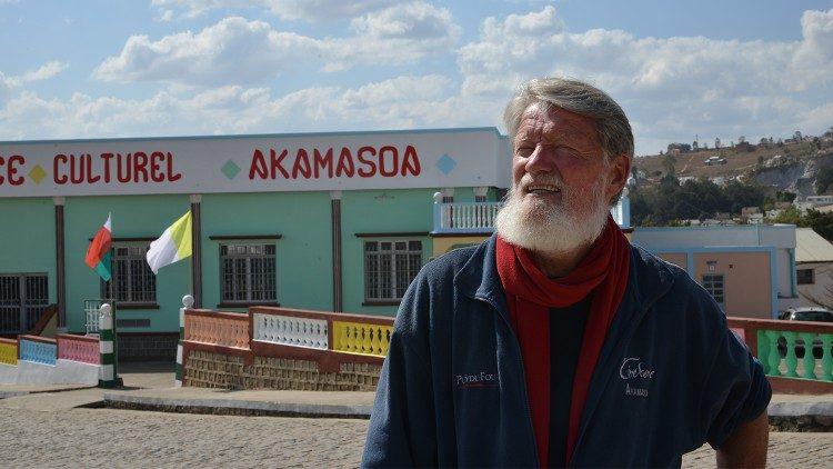Père Pedro Opeka, Lazariste, fondateur de la « Cité d'amitié », Akamasoa-Antananarivo-Madagascar (Photo: JP Bodjoko, SJ-Vaticannews)